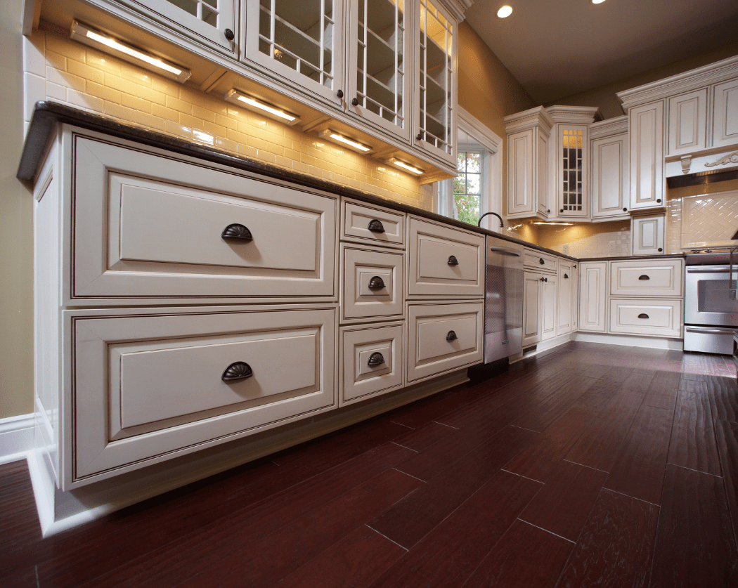 Custom Home Kitchen Cabinet Design Ideas Glazed Cabinets Wayne Homes