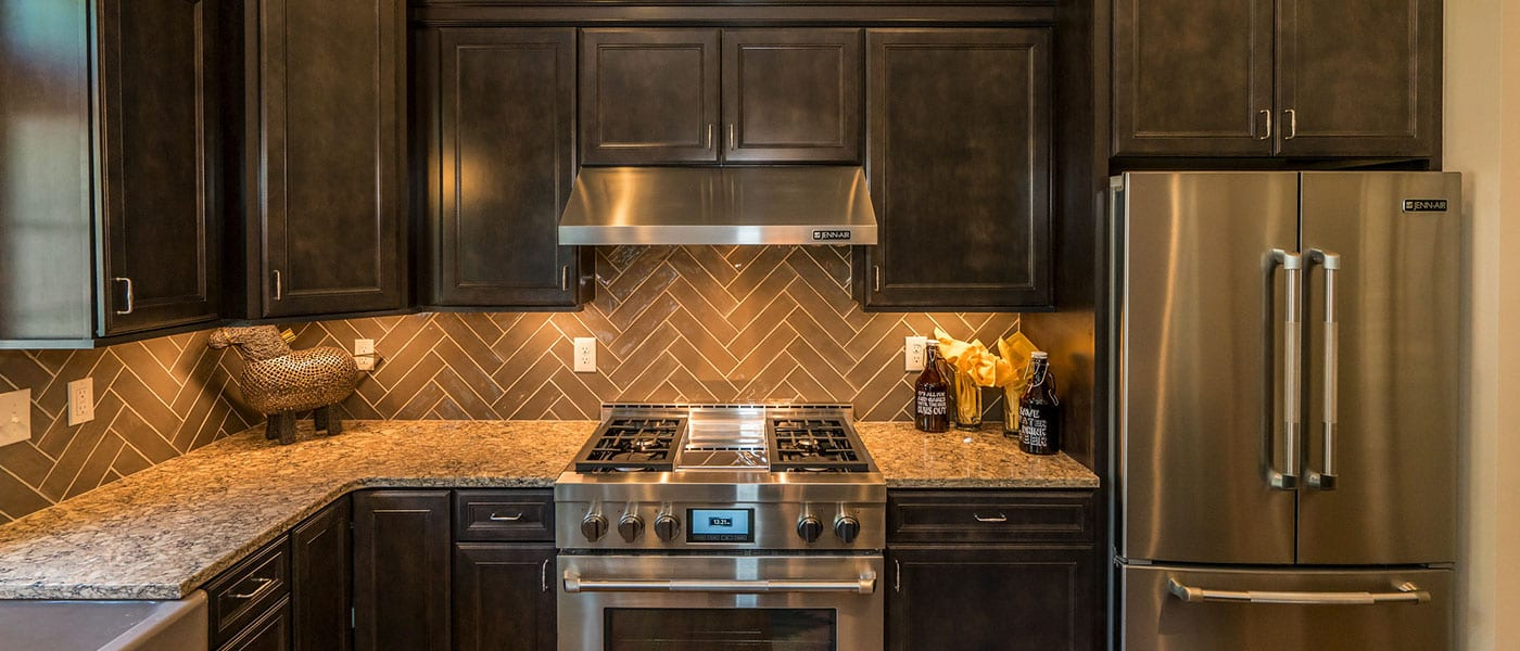 Blog_BW_2019_Tile_Trend_Alexandria_Delaware_Kitchen_Backsplash